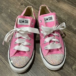 Bedazzled Pink Converse sz 7